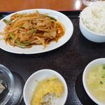 純華楼 - 豚肉と玉葱の四川風炒め