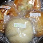 ミルクキッチン 燦燦 - パン