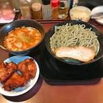 味噌屋八玄 - 旨辛醤油つけ麺麺超大盛450g茹で後唐揚げ