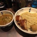 麺屋武蔵 武骨外伝 - 外伝 白(濃厚魚介出汁)1150円