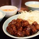大陸食堂 - 黒酢の酢豚 定食@税込900円