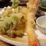 そば 吉里吉里 - 野菜と海老の天ぷら