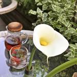 84723990 - 木苺とハーブの紅茶(税込810円)