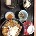 飯田高原ドライブイン - 料理写真: