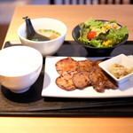 AKASAKA Tan伍 - 牛タン焼き定食 1000円