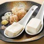 日本一のひとくち豆腐 絹と木綿のたべくらべ