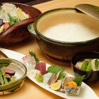 ◇季節感ある和食でおもてなし◇最初はおまかせコースがおすすめ