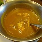 華麗亭 - チキンカレーは鶏むね肉が