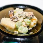 キメラ - イベリコ豚とそら豆とモリーユ茸のリガトーニ