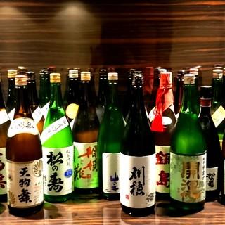 全国各地の日本酒がショットサイズ60mlからお楽しみ頂けます