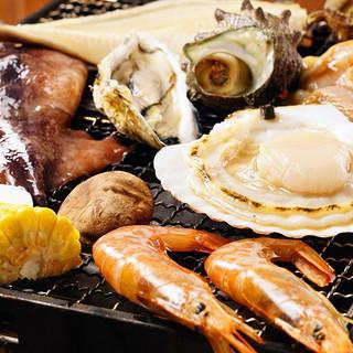 日本各地から取り寄せた高鮮度の海鮮をご堪能ください!