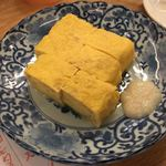 七勺日本酒・醸し肴 SEVEN - 出汁巻玉子 こちらも塩麹をつけて頂きます