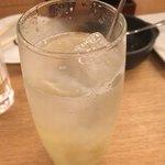 七勺日本酒・醸し肴 SEVEN - 生姜カクテル 冷たいのにあったまる気がします