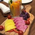 芳味亭 - 彩どり野菜の盛り合わせ