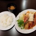 スピカ - ミックスフライランチ(全体)