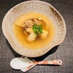 おにく 花柳 - 和牛テールとふかひれの旨煮