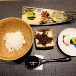 おにく 花柳 - 和牛佃煮と御飯 香の物