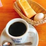 コメダ珈琲店 - ブレンドコーヒー・トースト・たまご
