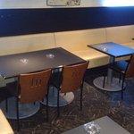 バッファローズ - 半個室のソファ席は20名様までご利用可能☆