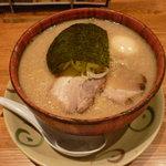 8478533 - 半熟味玉豚そば(820円)