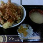 活魚 ふじ - 料理写真:モサエビ・トロハタ天丼