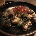 比内地鶏専門個室居酒屋 新宿比内 - 鶏の炭火焼