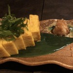 比内地鶏専門個室居酒屋 新宿比内 - 九条ネギの玉子焼
