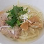 麺蔵あつお - 豚塩~¥600-~うまい(麺が手打ち?)