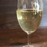 ユーロバル・オオシマ - ドリンク写真:白ワインをいただきました(2018.4.26)