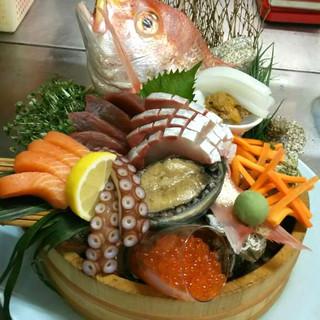 """1口食べれば""""魚""""頂点!旬を感じる贅沢【お造り】に感無量!"""