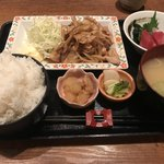 84802758 - 生姜焼き定食 大盛り 830円