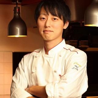 神戸の三つ星レストランで腕を磨いた、大井健司シェフ