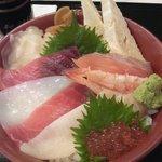 だるま寿し - 海鮮丼\1,000