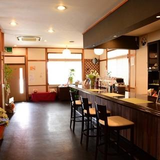 【和モダンカフェ】ゆったり癒やされる空間