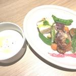 Leoni - スープ&前菜