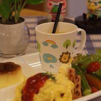 エクスペリエンス カフェ - お子様ランチ オムライス、カレー、うどんから選べます!680円