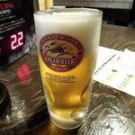 84821040 - 立呑みパラダイス 「生ビール(キリンラガー)」