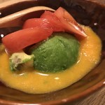 クニカゲ - アボカドとトマトのサラダ