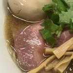 中華そば よしかわ - 旨味そば 〜ver2〜  海鮮入れまくりのダシ感たっぷりのスープ