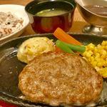 よしみグリル - 牛肉160gデミソース¥1100外税+みそ汁セット¥100外税