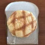 ベーカリーチャンプ - 料理写真:メロンパン。とっても美味しかったです。