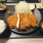 とんかつ かつ祭 - ジャンボチキンかつ定食 810円