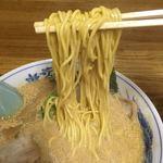 華宴 - この麺も美味い!