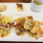 サントノーレ - 日替わりランチ肉料理  チキンソテーマスタードソース