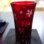 京料理屋 嵐山さくら - グラスにもさくらが