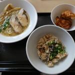 千極煮干アネックス - 料理写真:たきこみから揚げセット850円