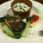 レターレ - この日のランチは白身魚のソテー。とても美味しかったです!