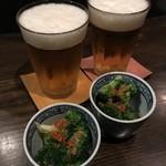 両花 - 生ビールとお通し。
