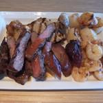 武藏 - 自慢のグリル料理 牛肉・豚肉・ホタテ・エビ