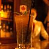 カルーソー - ドリンク写真:パッションフルーツのモヒート ダークラムで